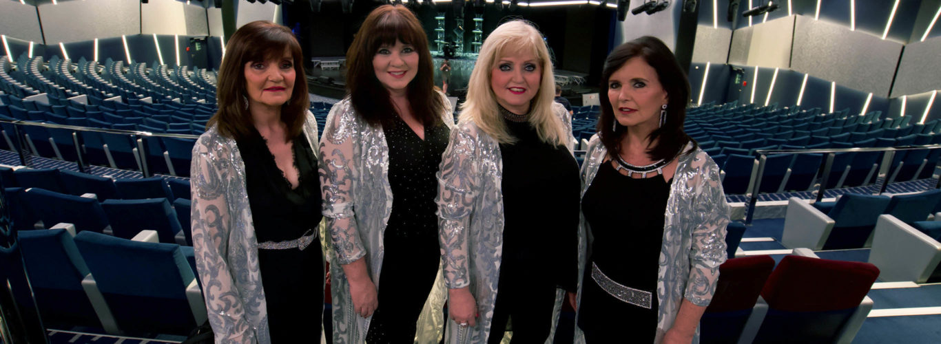 The Nolans Go Cruising